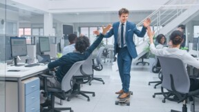 """Non, le """"bonheurisme"""" n'est pas la clé du bien-être au travail"""
