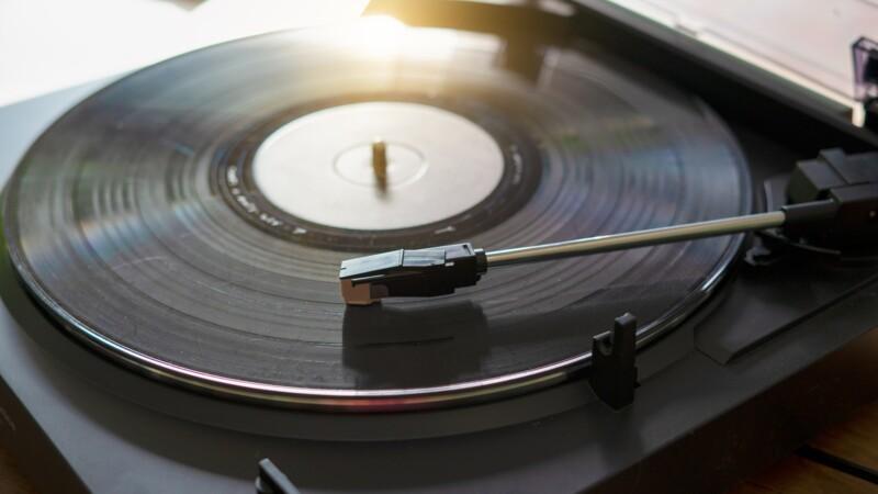 La colère des disquaires français alors que le prix des vinyles explose