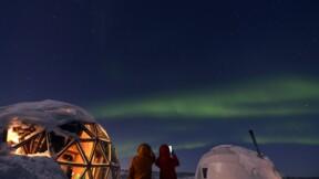 """Une drôle d'offre d'emploi pour devenir """"chasseur d'aurores boréales"""" en Islande !"""