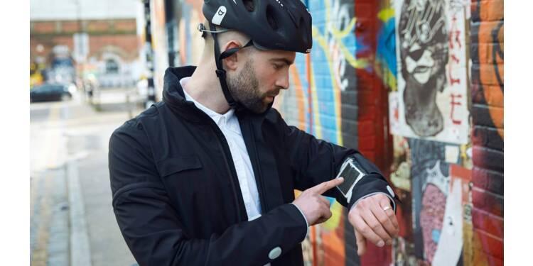 Ford dévoile une veste intelligente et connectée pour les cyclistes