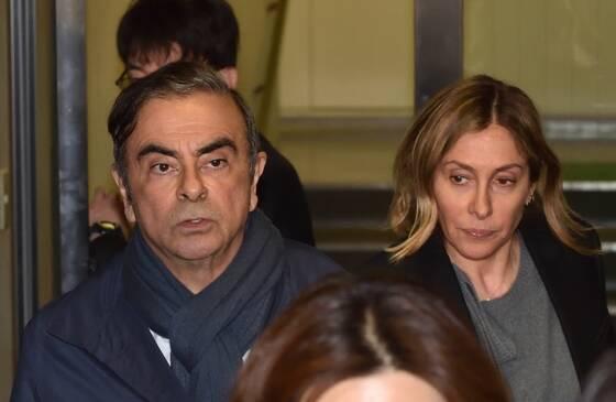 Macron et Abe ont abordé la situation de Carlos Ghosn