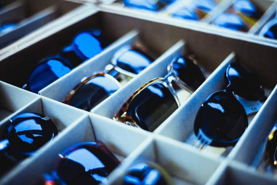 13. Monteur en optique-lunetterie