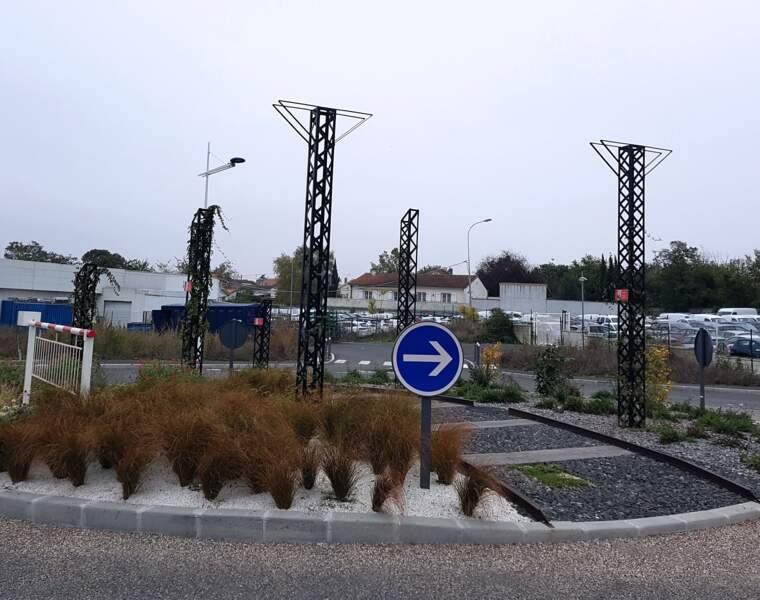 """Le """"passage du train"""" à Angoulême (dans la Charente)"""