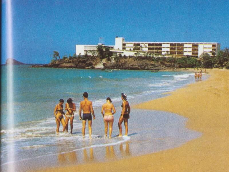 1972 : Réunion de travail sur la plage