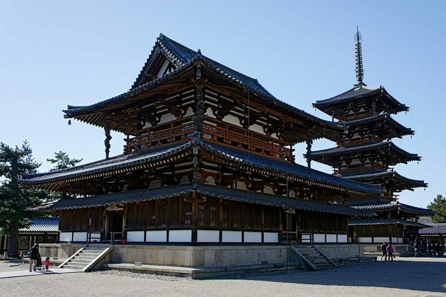 Pagode du temple Horyu-ji - La tour qui, tel le roseau, plie mais ne rompt pas