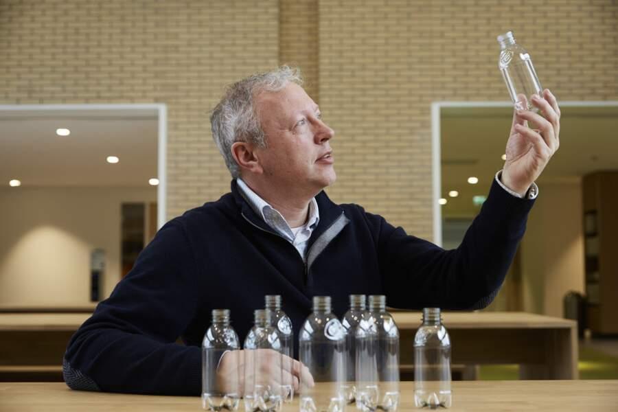 Protéger la nature grâce à des bouteilles en plastique d'origine végétale