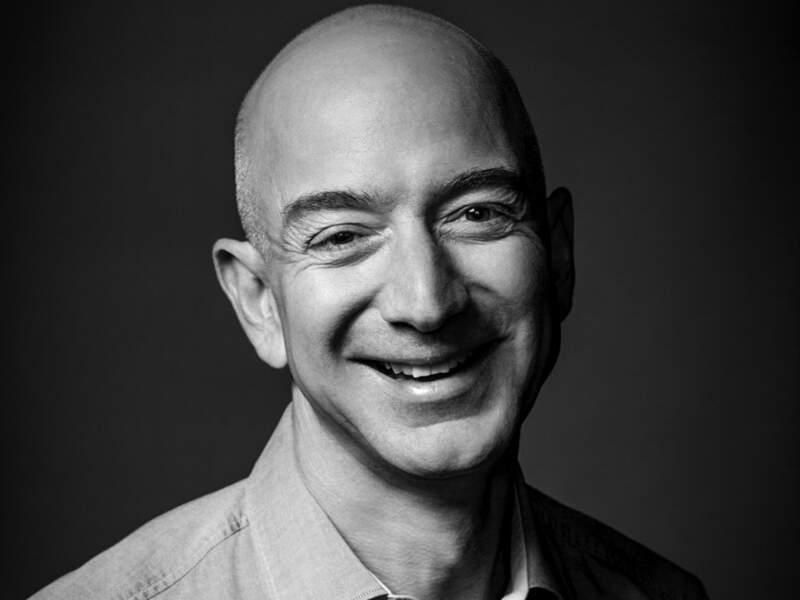 Jeffrey Bezos, fondateur d'Amazon (Distribution), Etats-Unis