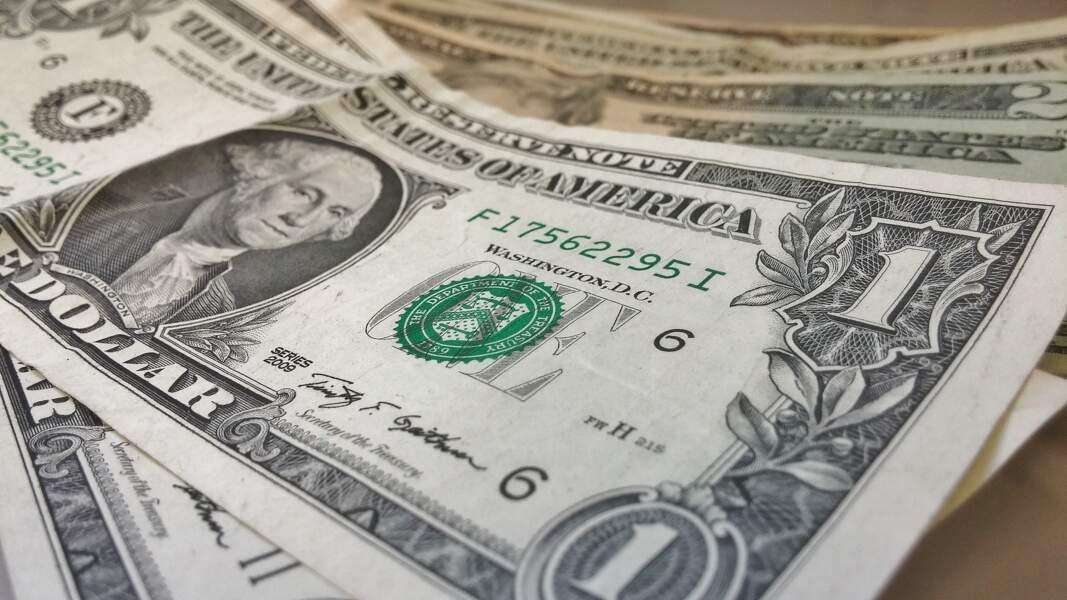 La dollar tend à s'affaiblir
