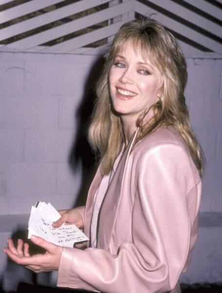 TANYA ROBERTS dans Dangereusement vôtre, 1985