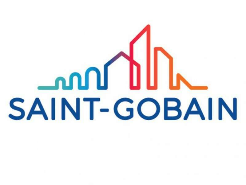Saint-Gobain : 585 postes