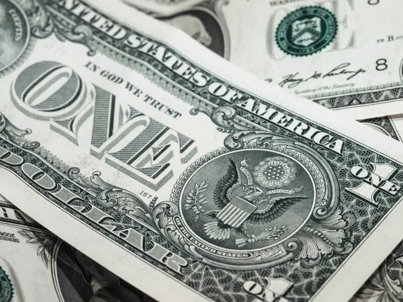 A l'instar de la Chine, la Russie veut de longue date réduire la dépendance du pays au dollar