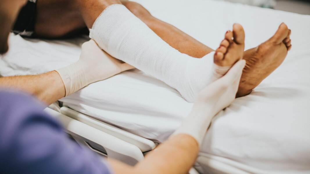 7. Chirurgien orthopédique et traumatologue : 12.286 euros par mois
