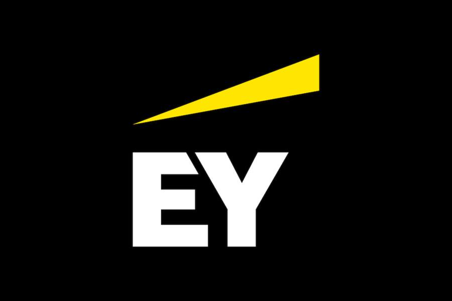 EY : 1.500 postes