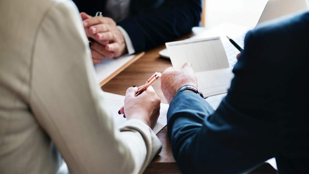 11. Courtier en banques et assurances : 40% de chances d'être remplacé