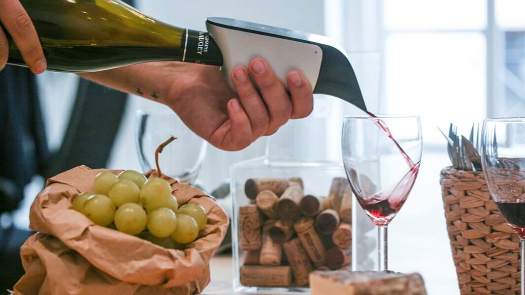 Un aérateur de vin express