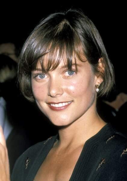 CAREY LOWELL dans Permis de tuer, 1989