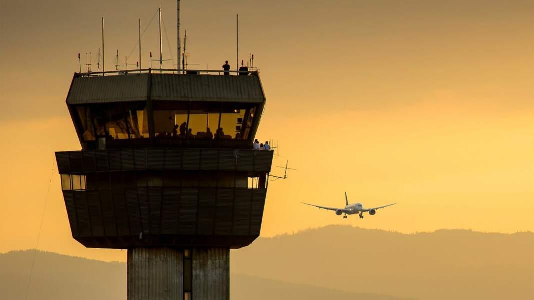 2. Les contrôleurs aériens : beaucoup de temps de pause