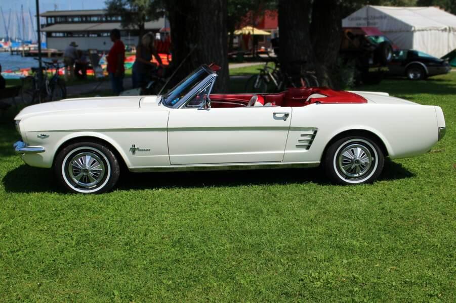 1964 : La Ford Mustang a joué la première sur la personnalisation