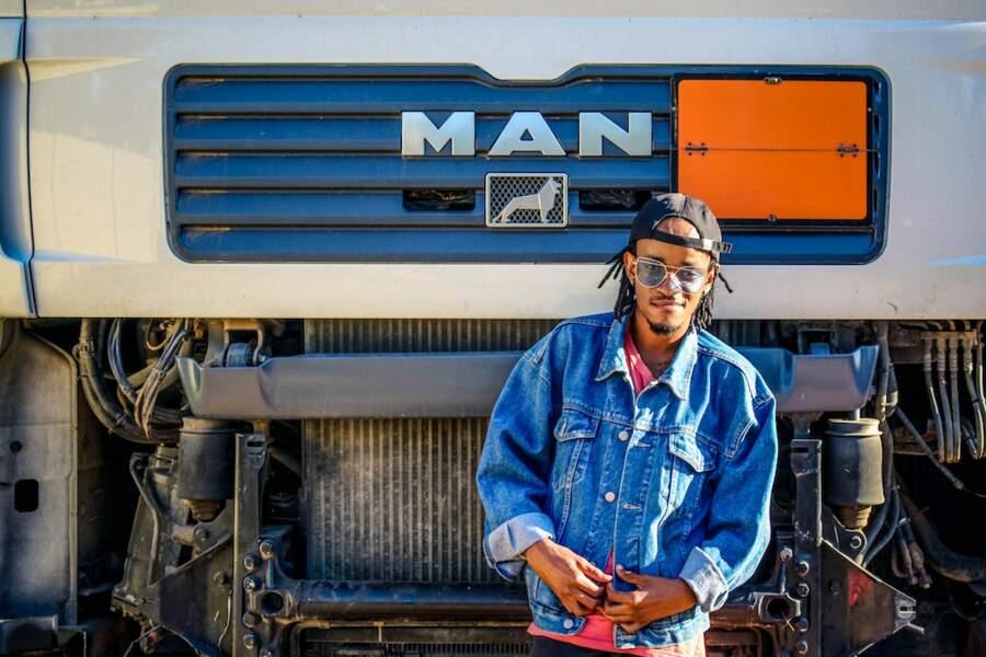 Conducteur de camions semi-remorque