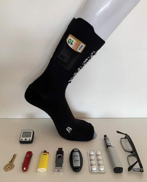 Les chaussettes à poche, par Frédéric Charles