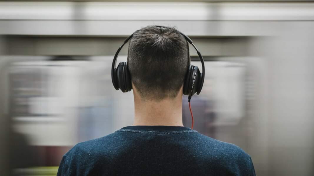 9. Conducteur de tramway ou de métro : 74% de chances d'être remplacé