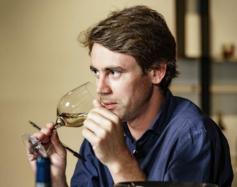 Découvrez les 10 vins blancs les mieux notés par notre jury d'experts