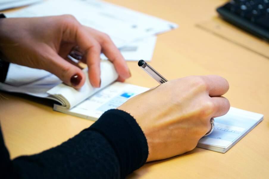 Plus de chèque au fisc au-delà de 300 euros et obligation de déclarer ses revenus en ligne