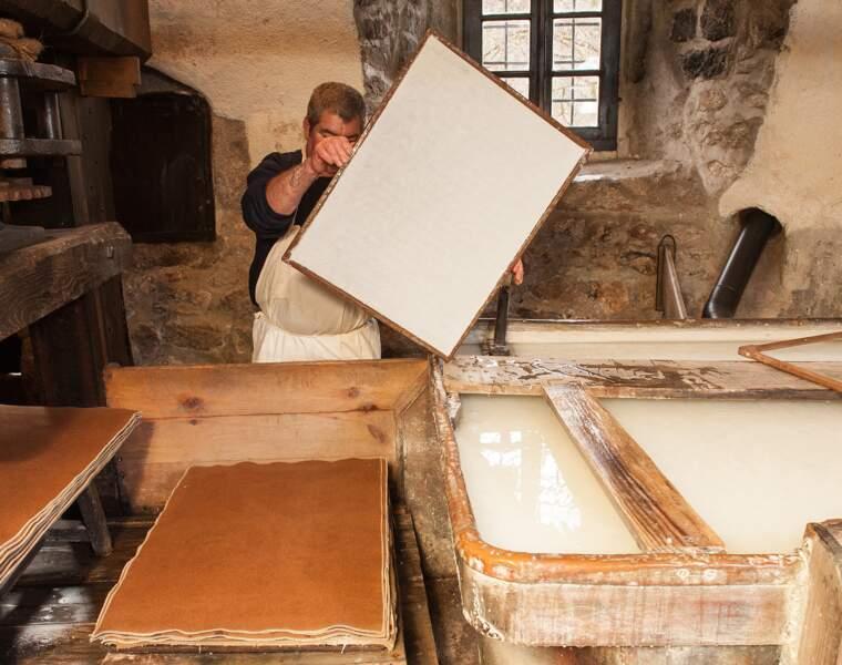 Le Moulin Richard de Bas : la plus ancienne entreprise de France