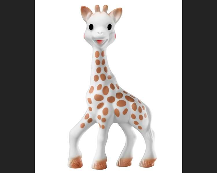 """Sophie la girafe : au Japon, elle est désormais le """"must have"""" des bébés"""