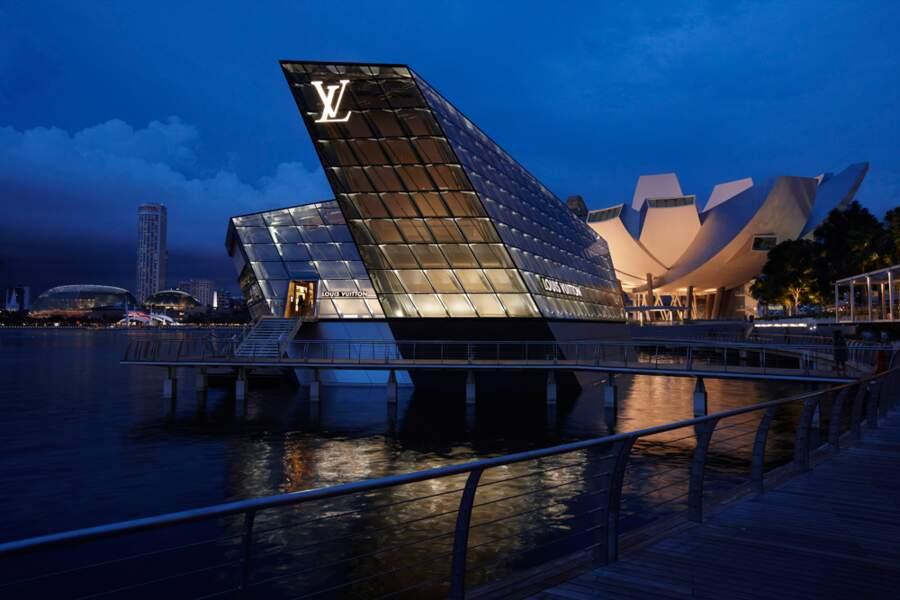 Louis Vuitton : un navire amarré dans la baie de Singapour