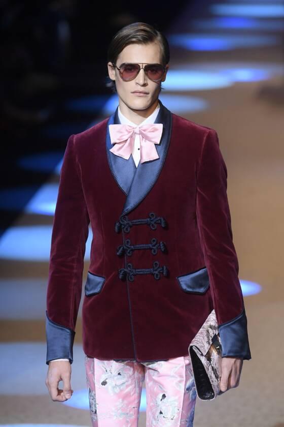 2a0daa12 Dolce & Gabbana offre un show royal à la Fashion week de Milan ...