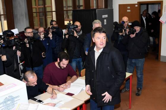 Extrême droite et populistes revendiquent chacun le pouvoir — Italie