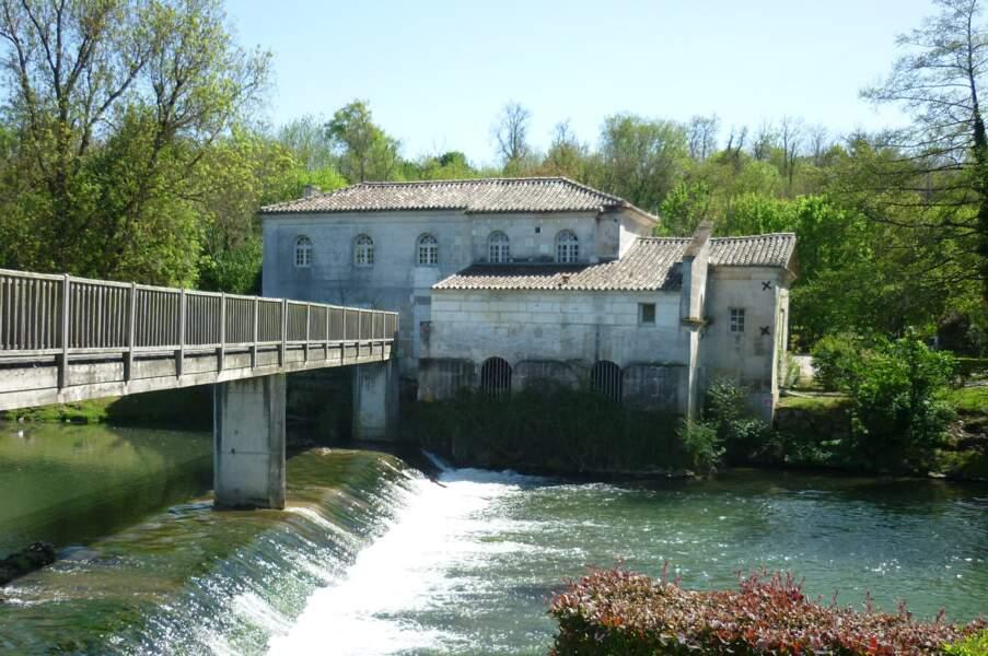 Un particulier réhabilite le moulin de Fleurac pour 152.000 euros