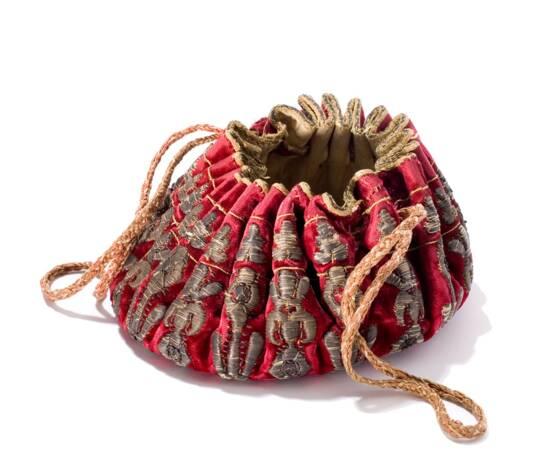0afc9dcbef Cette bourse en velours brodé fait partie des 4.000 sacs exposés au  Tassenmuseum, le musée du Sac à main d'Amsterdam. - © Musée du sac à main /Amsterdam/SP.