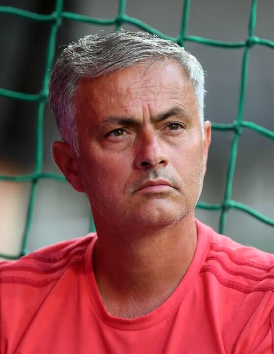 Manchester United : les Red Devils veulent Godin