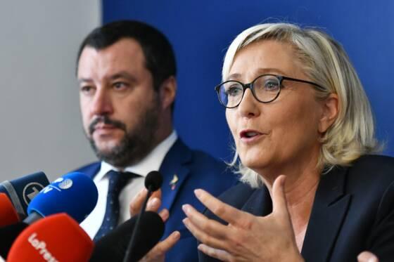 Le camp pro-UE se fragmente, l'extrême droite progresse — Européennes