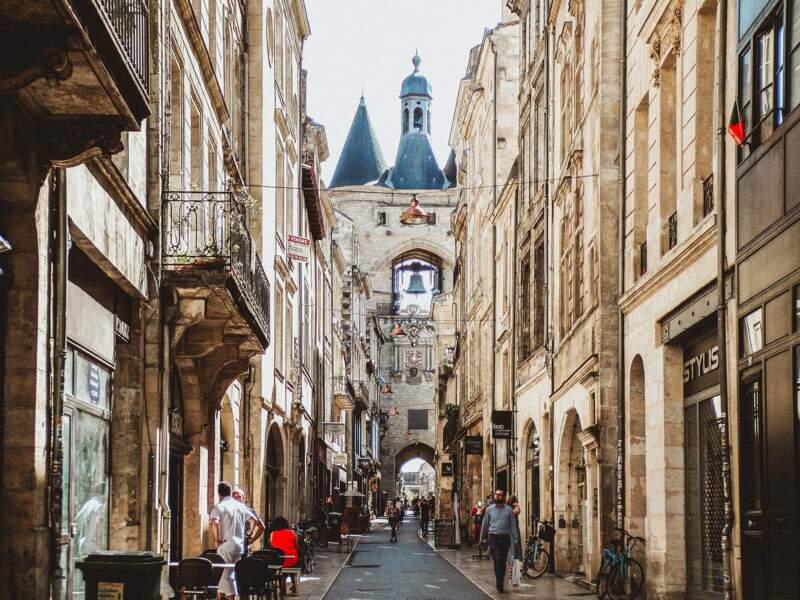 Bordeaux : La base sous-marine se refait une beauté