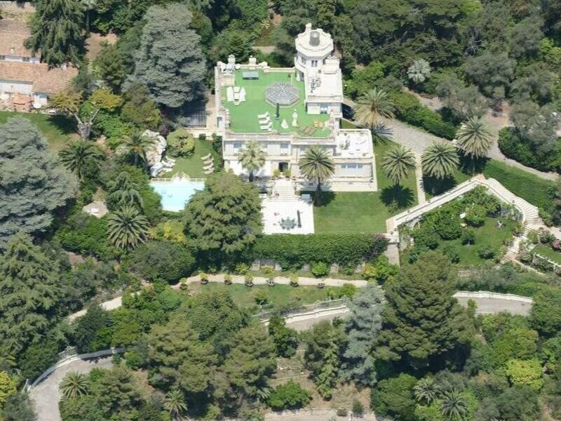 Villas, fiesta... des millions d'euros dépensés sur la Côte d'Azur par des fortunes russes